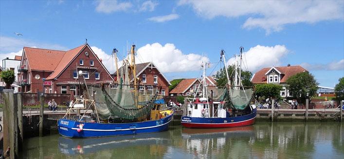 Fischerhafen in Neuharlingersiel, Ostfriesland